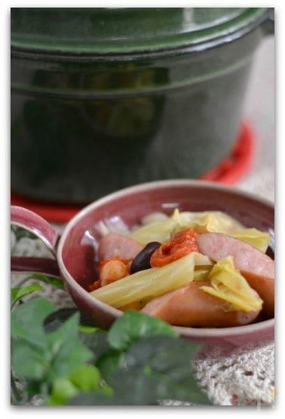 ソーセージと豆の煮込み