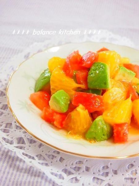 簡単!八朔・アボカド・トマトのフレッシュサラダ