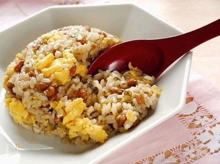 若返り☆はと麦の納豆高菜チャーハン