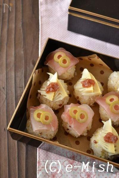 生ハムとたけのこの手まり寿司