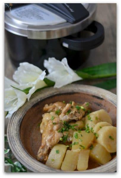圧力鍋で作る大根&長芋&手羽元の煮物