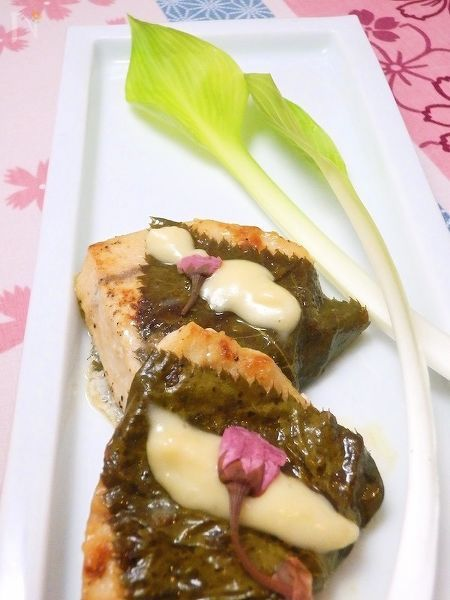 桜香る カジキマグロのムニエル クリーム味噌ソース