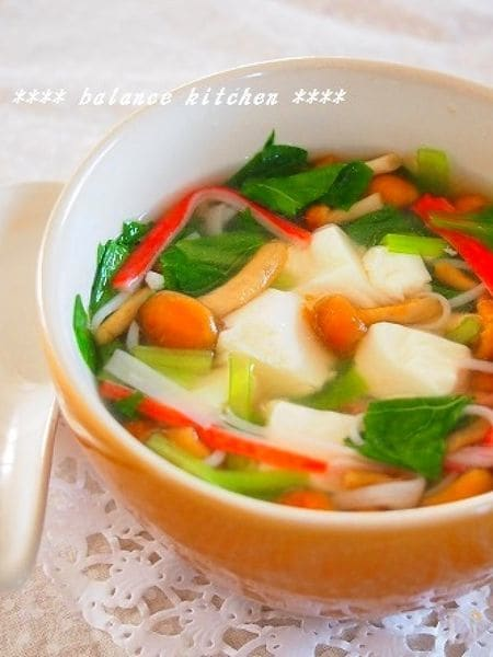 5分!なめこと小松菜のエスニックスープ