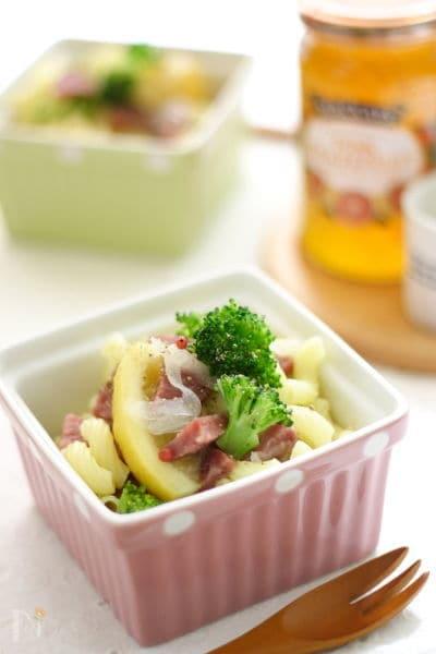 ブロッコリー&サラミのマカロニサラダ