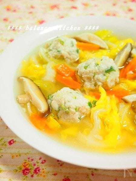 新食感!ふわとろオクラ鶏団子の野菜たっぷりスープ