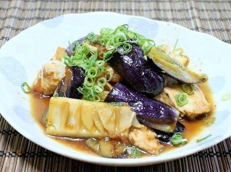 パパっと作れる「茄子と筍の梅ポン酢炒め」