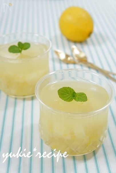 白桃とレモンのゼリー