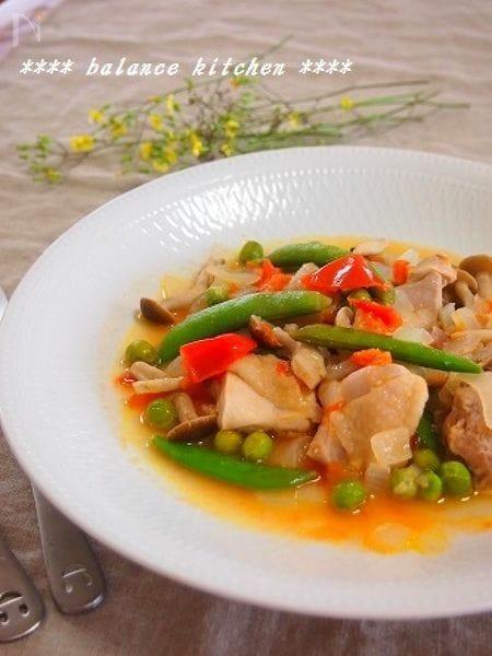 簡単!鶏肉とグリーンピースの軽い煮込み