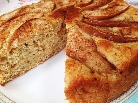 皮付きりんごのケーキ