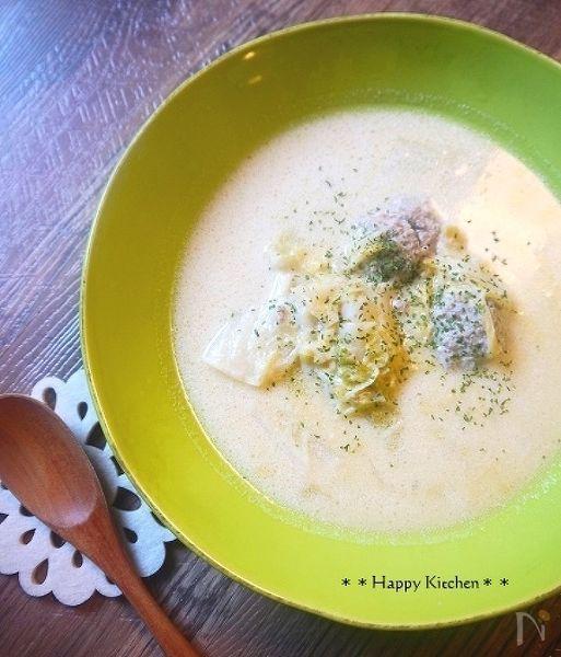 優しい味♪白菜と肉団子のクリームシチュー