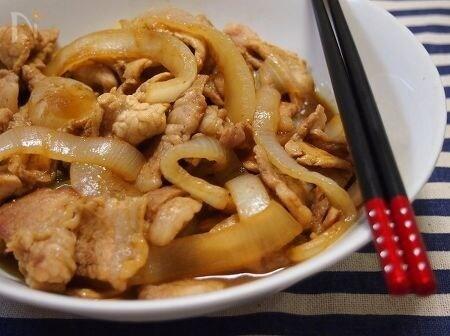 豚肉と新玉ねぎのスパイシー旨み炒め