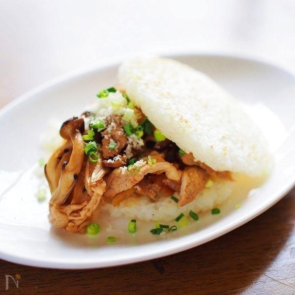 パルミジャーノ・チーズかけ☆焼き肉ライスバーガー