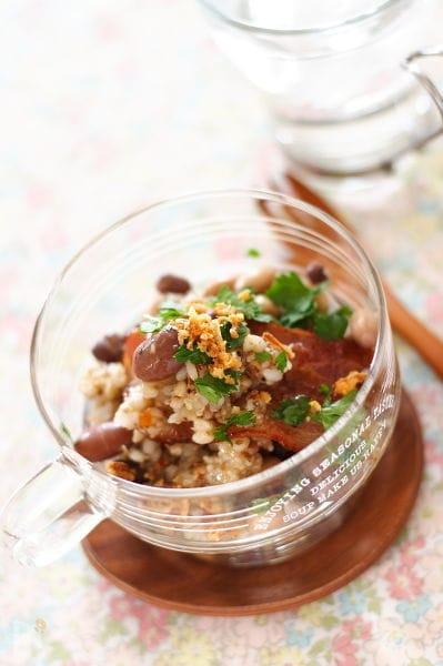 豆と雑穀米のサラダ