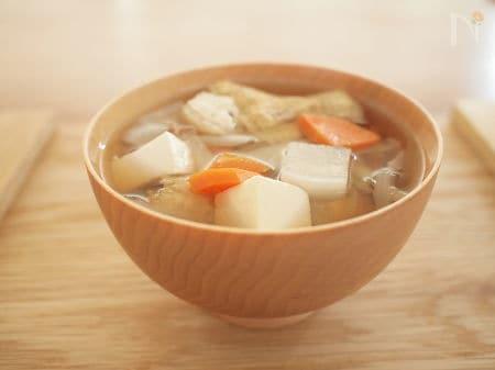 2. 味噌汁(けんちん汁)