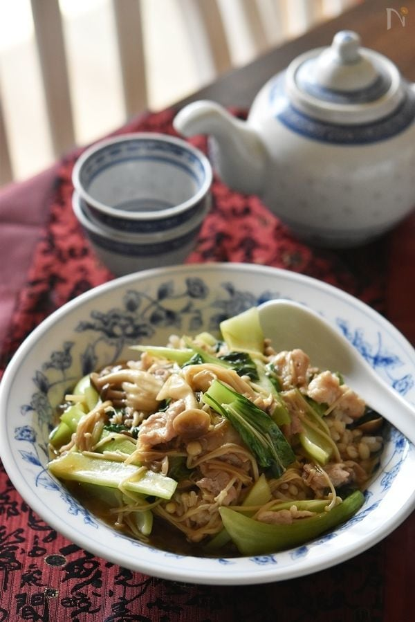 チンゲン菜ときのこのあんかけご飯