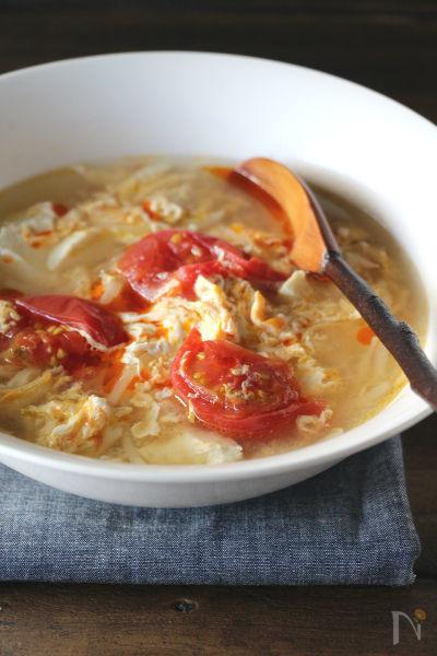 豆腐と卵の酸辣湯風スープ