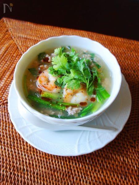 ひき肉と海老のエスニックスープ