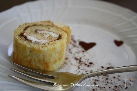 ティラミス風・米粉とりんごのプチロールケーキ