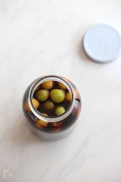 梅醤油(小梅の醤油漬け)。
