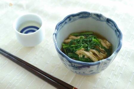 万能食材「せり」のレシピ20選!鍋におひたし、汁物まで