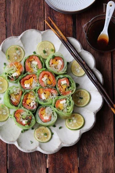 春キャベツとサーモンのロールサラダ。
