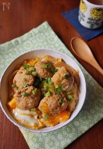 ふんわり鶏団子の親子丼