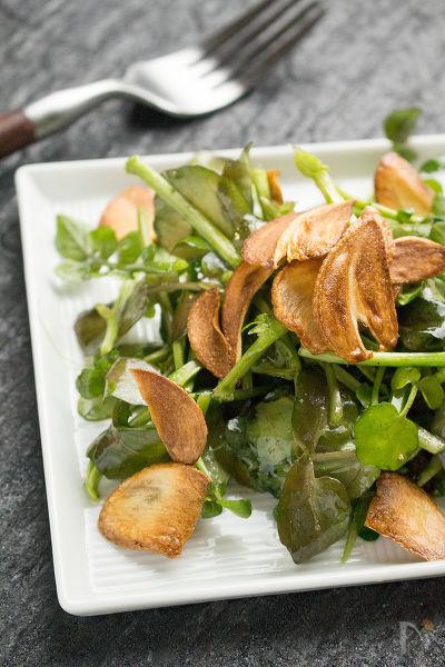 2. クレソンのガーリックサラダ