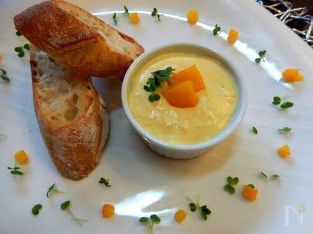 黄色パプリカとマスカルポーネのディップ