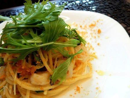 イカとホタテと水菜のからすみスパゲッティ