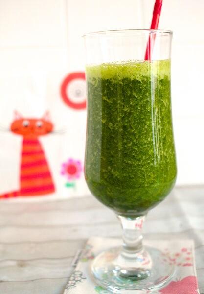 冷凍緑野菜のスムージー