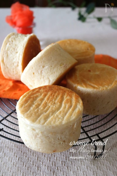 ふんわりオレンジパン