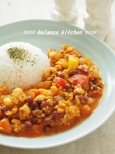 【ルー不使用・30分以内】小豆と緑黄色野菜の美容カレー