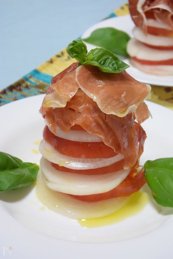 新玉ねぎ◆トマトと酢タマネギのミルフィーユ 生ハム添え◆