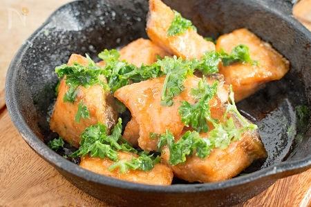 本格料理も手抜き飯もおまかせあれ!生鮭で作る絶品レシピ15選の画像