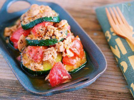 ズッキーニとトマトの焼きツナマリネ