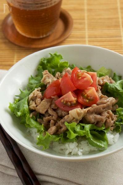 5分で完成!? レンジ生姜焼きサラダ丼