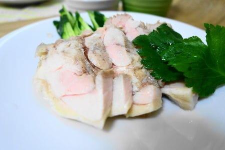 炊飯器で簡単蒸し鶏とツナ