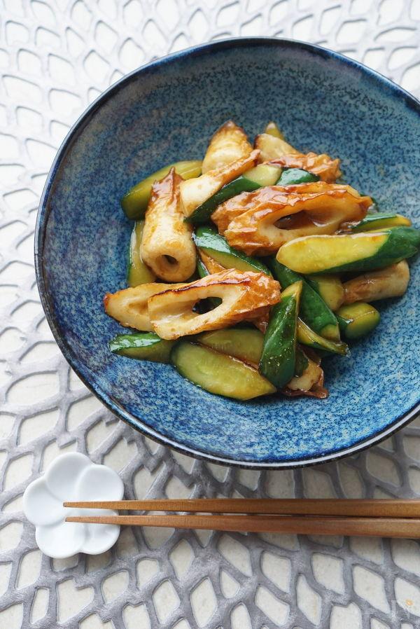 パッと副菜☆きゅうりと竹輪のオイスター炒め