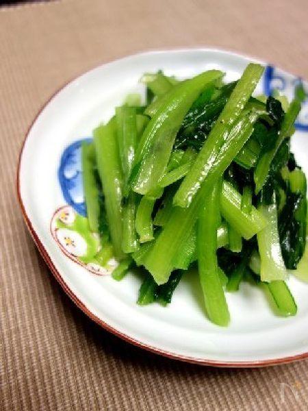 毎日食べても飽きない♪小松菜のナムル