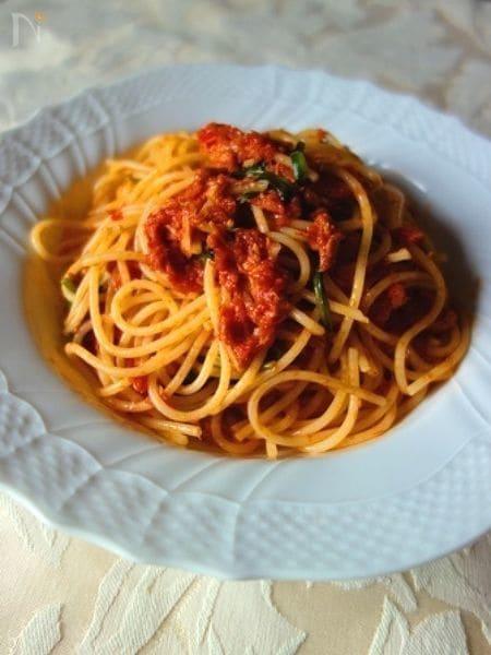 ツナとほうれん草のトマトパスタ