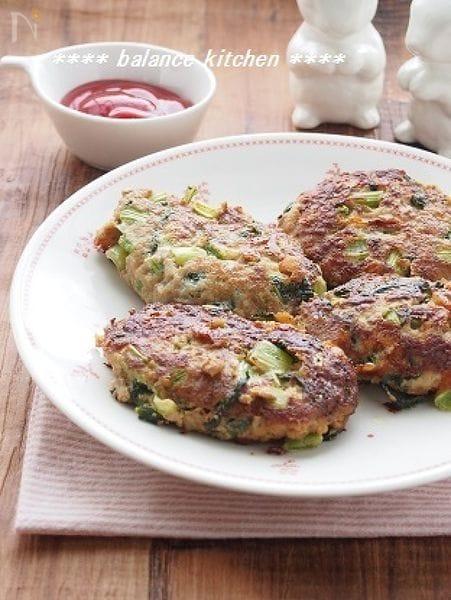 【キッズ3step】小松菜チーズハンバーグ