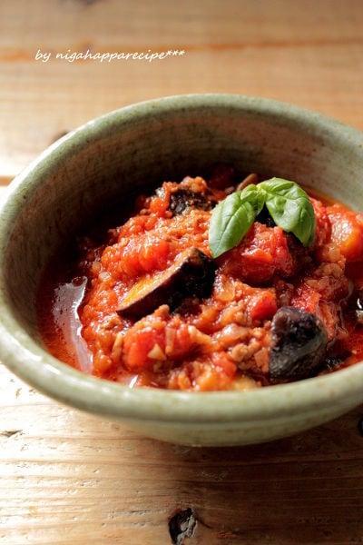 茄子とひき肉のトマト煮