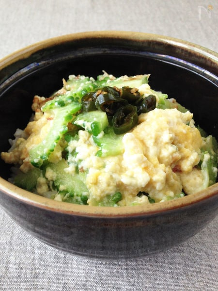 ゴーヤとくずし豆腐の丼