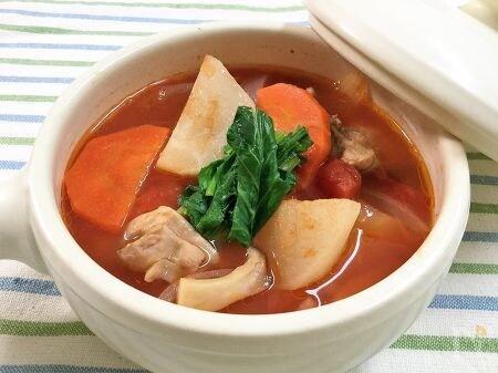 鶏肉とかぶのトマトスープ
