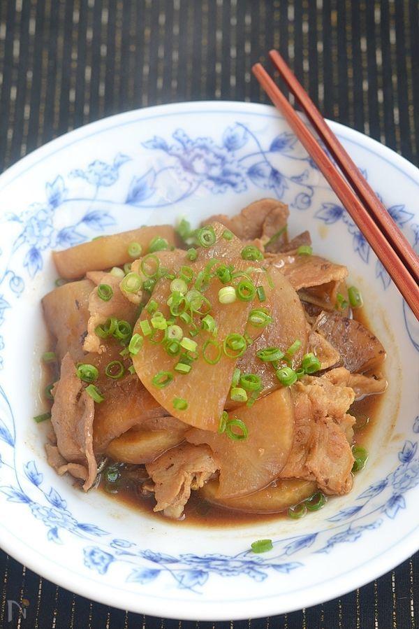 豚バラ大根の赤味噌煮込み【作り置き】