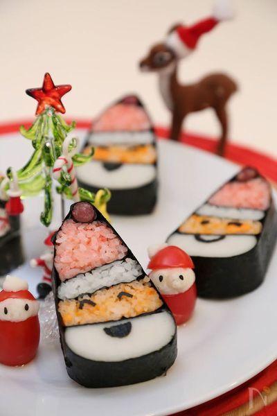 デコ寿司でサンタ巻き