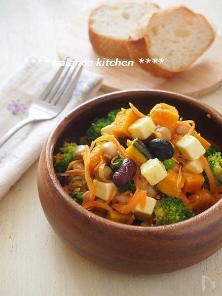 【作り置き可能】豆とチーズのビタミンACEサラダ