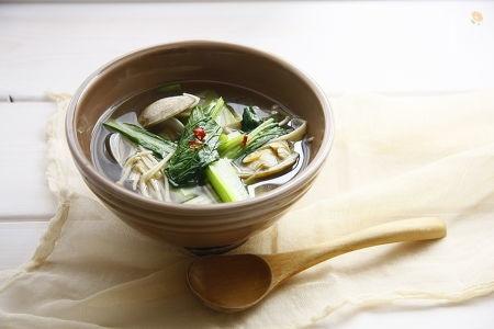 4.小松菜とあさりのスープ
