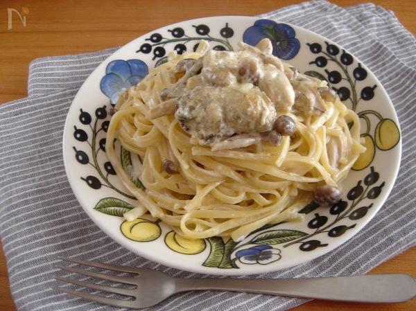 牡蠣とぶなしめじのクリームパスタ。