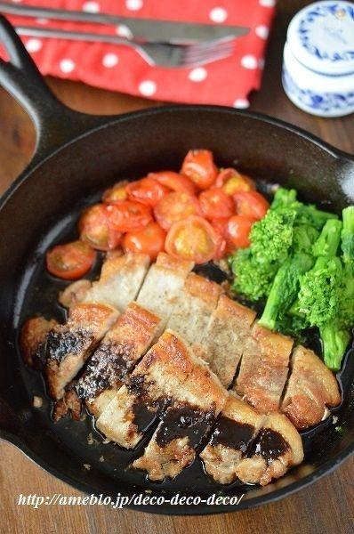 スキレットで!豚肉とミニトマトのソテー*バルサミコソース